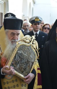 Τήνος: Χιλιάδες πιστοί από όλη την Ελλάδα στον εορτασμό για την εύρεση της Ιεράς Εικόνος