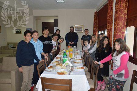 Φιλοξενία παιδιών από την Κωνσταντινούπολη στη Μητρόπολη Νεαπόλεως