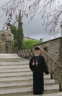 Στις Μοναστικές αδελφότητες Άνδρου ευχήθηκε ο Σύρου Δωρόθεος