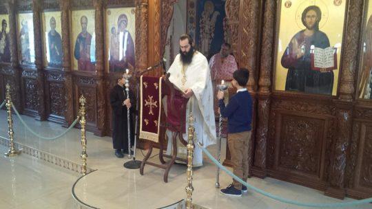 Κύπρος: Δέος και συγκίνηση στη Λιτανεία και Θεία Λειτουργία για τον Άγιο Εφραίμ