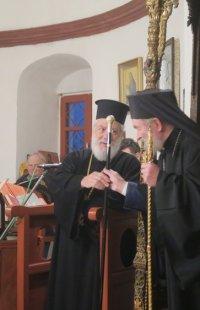 Στην Σέριφο ο Σύρου Δωρόθεος-Ευχές στον Ηγούμενο Μονής Ταξιαρχών