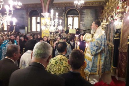 Τον εικοσαετή νέο Ιωάννη Νάτσο χειροθέτησε Αναγνώστη ο Χαλκίδος Χρυσόστομος