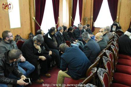 Νέοι Παλαιστίνιοι στο πλευρό του Ιεροσολύμων Θεοφίλου