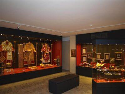 Ανοίγουν τις πύλες τους για το κοινό το Εκκλησιαστικό Μουσείο και το Μουσείο «Ιάκωβος Τσούνης»