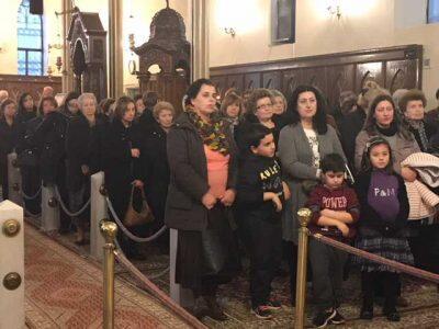 Πλήθος κόσμου στο Ιερό Ευχέλαιο για τον Πολιούχο του Πύργου Άγιο Χαράλαμπο