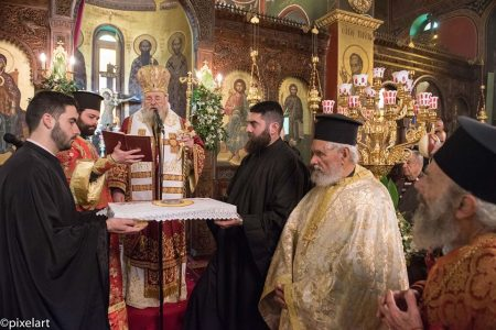 Εκατοντάδες πιστοί στον Άγιο Χαράλαμπο Λενταριανών στα Χανιά