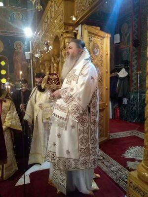 Δισαρχιερατική Θεία Λειτουργία στο Ηράκλειο Αττικής
