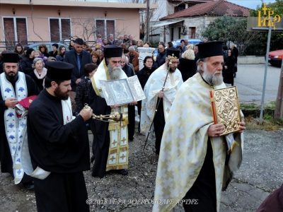 Άρτα: Πλήθος πιστών υποδέχθηκαν την Παναγία τη Ροβέλιστα