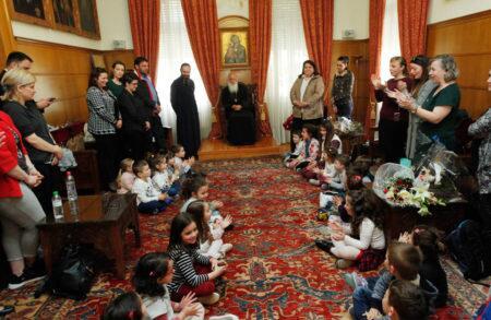 """Στον Αρχιεπίσκοπο παιδιά του Παιδικού Σταθμού """"Ευαγγελισμός της Θεοτόκου"""""""