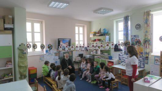 Ποιμαντικές επισκέψεις Σύρου Δωροθέου σε εκπαιδευτήρια της Ερμούπολης