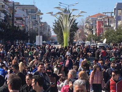 Ορεστιάδα: Χιλιάδες Έλληνες στο συλλαλητήριο για τους στρατιωτικούς