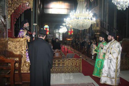 Καρδίτσα: Δ΄ Κατανυκτικός Εσπερινός και Χαιρετισμοί προς τον Τίμιο Σταυρό