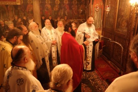 Μετέωρα: Υποδοχή της Ιεράς Εικόνος της Σταυρώσεως στον Ι.Ν. Κοιμήσεως της Θεοτόκου