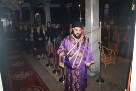Η ακολουθία των Προηγιασμένων Τιμίων Δώρων στον Ναό Αγίου Αθανασίου Δ.Δ. Αμπελώνος