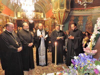 Οι Μυκόνιοι υποδέχθηκαν το Λείψανο του Αγίου Παναγή του Μπασιά