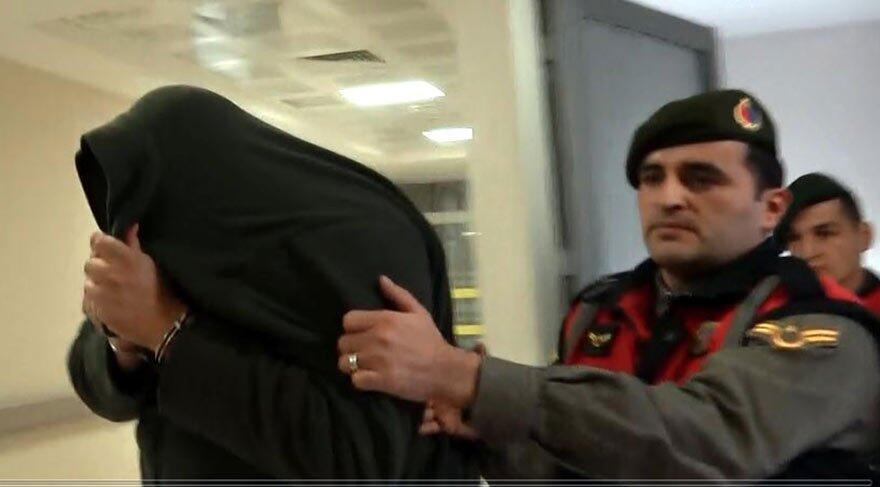 Έβρος-ειδήσεις: Αποκλειστική φωτογραφία από τη σύλληψη και προσαγωγή των Ελλήνων αξιωματικών