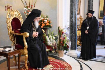 Πλήθος κόσμου στα Ονομαστήρια του Πατριάρχου Ιεροσολύμων