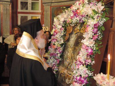 Η Χώρα της Μυκόνου αποχαιρετά την Παναγία Τουρλιανή