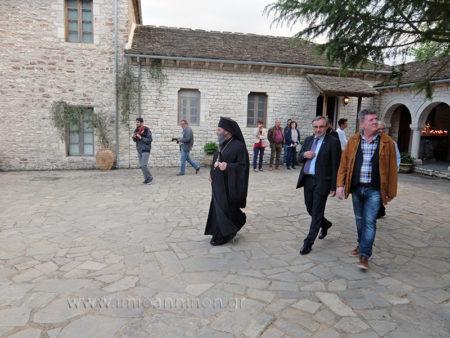 Ο Ιωαννίνων Μάξιμος στην Ιερά Μονή Αγίου Γεωργίου Περιστεράς