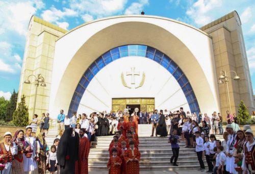 Ιστορική ημέρα: Η Αλβανία υποδέχθηκε τον Πατριάρχη Μόσχας