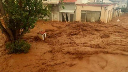 Καλή Ανάσταση στους πλημμυροπαθείς της Μάνδρας