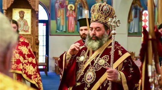 Αρχιερατική Θεία Λειτουργία στον Ναό Αγ. Κωνσταντίνου και Ελένης-Ασσήρου