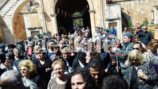 Χανιά: Χιλιάδες πιστοί προσκυνούν την άφθαρτη Χείρα της Αγίας Μαρίας Μαγδαληνής