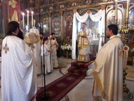 Ο Χαλκίδος Χρυσόστομος σε μνημόσυνα ευσεβών χριστιανών στο Βασιλικό
