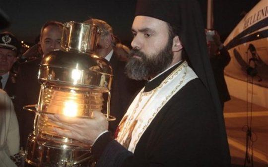 Η Θεσσαλονίκη υποδέχθηκε το Άγιο Φως