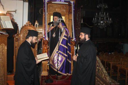 Η ακολουθία του Νυμφίου στον Ιερό Ναό Αγίας Παρασκευής Σοφάδων