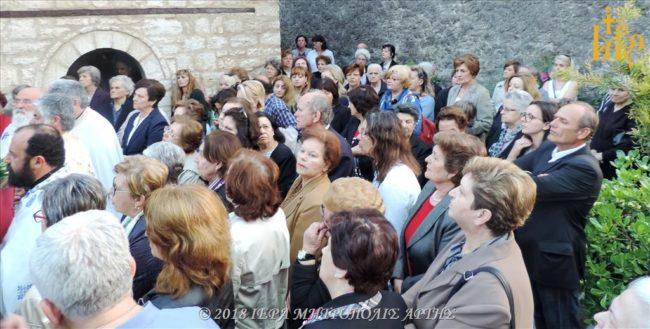 Πλήθος πιστών στον Εσπερινό του Ευαγγελιστού Μάρκου στην Άρτα