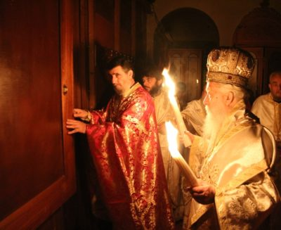 Η Ανάσταση στην Ιερά Μητρόπολη Παραμυθίας