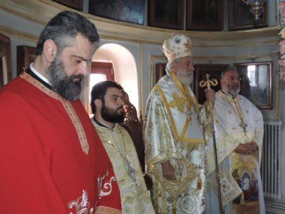 Συγκινημένος ο Σύρου Δωρόθεος στο μνημόσυνο του αοιδίμου Ηγουμένου της Μονής Τουρλιανής