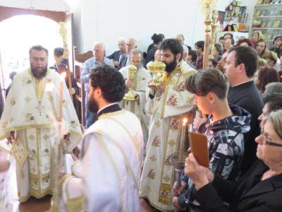 Θεία Λειτουργία στο εξωκκλήσι του Αγίου Γεωργίου των Ξαλώνων στην κατεχόμενη Κάτω Ζώδια