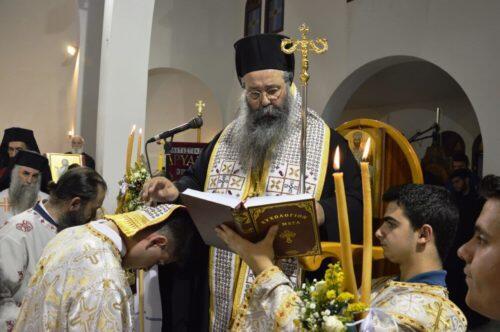 Ο Κίτρους Γεώργιος προχείρισε σε διακονητή τον ιερόπαιδα - μαθητή, Βασίλειο Σεσέντο