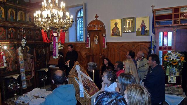 λατρευτικές εκδηλώσεις της ανάμνησης της παρόδου του ιερού λειψάνου του Αγίου Νικολάου στην ομώνυμη Γυναικεία Κοινοβιακή Μονή Ιρά Αθανίου