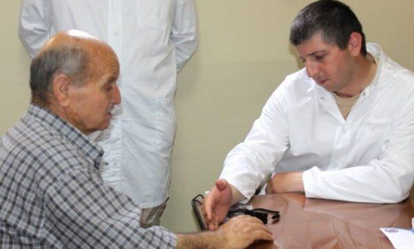 Δωρεάν εξέταση ασθενών στο νοσοκομείο της Ορθοδόξου Εκκλησίας της Αντιοχείας «Αλ Χοσν» από Ρώσους ιατρούς