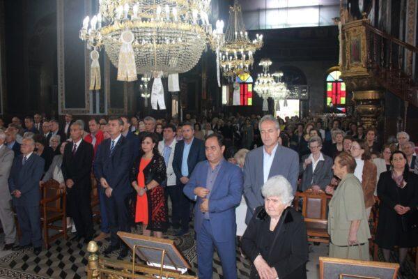 Μητρόπολη Θεσσαλιώτιδος: Λαμπρά εορτάσθηκε η Μνήμη των Αγίων Κωνσταντίνου και Ελένης