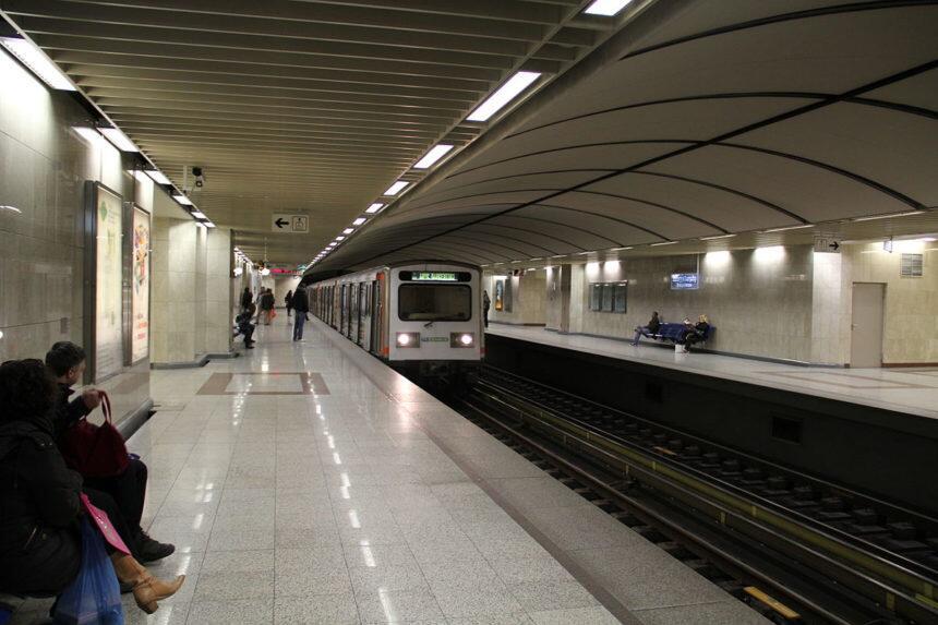 Απεργία: Δείτε πως θα κινηθούν σήμερα τρόλεϊ, λεωφορεία, ηλεκτρικός, τραμ και Μετρό