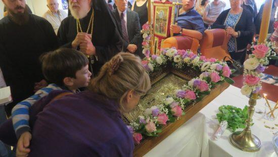 Σίφνος: Λαμπρή υποδοχή της Εικόνας της Παναγίας Χρυσοπηγής