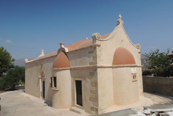Ιεράπετρα: Λαμπρά τα Θυρανοίξια του πανηγυρίζοντος Ι. Ναού Αγίας Τριάδος Κάτω Χωριού