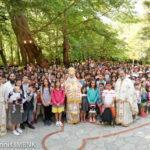 Νάουσα: Υπαίθρια αρχιερατική θ. Λειτουργία για τη λήξη Κατηχητικού έργου της Ιεράς Μητροπόλεως