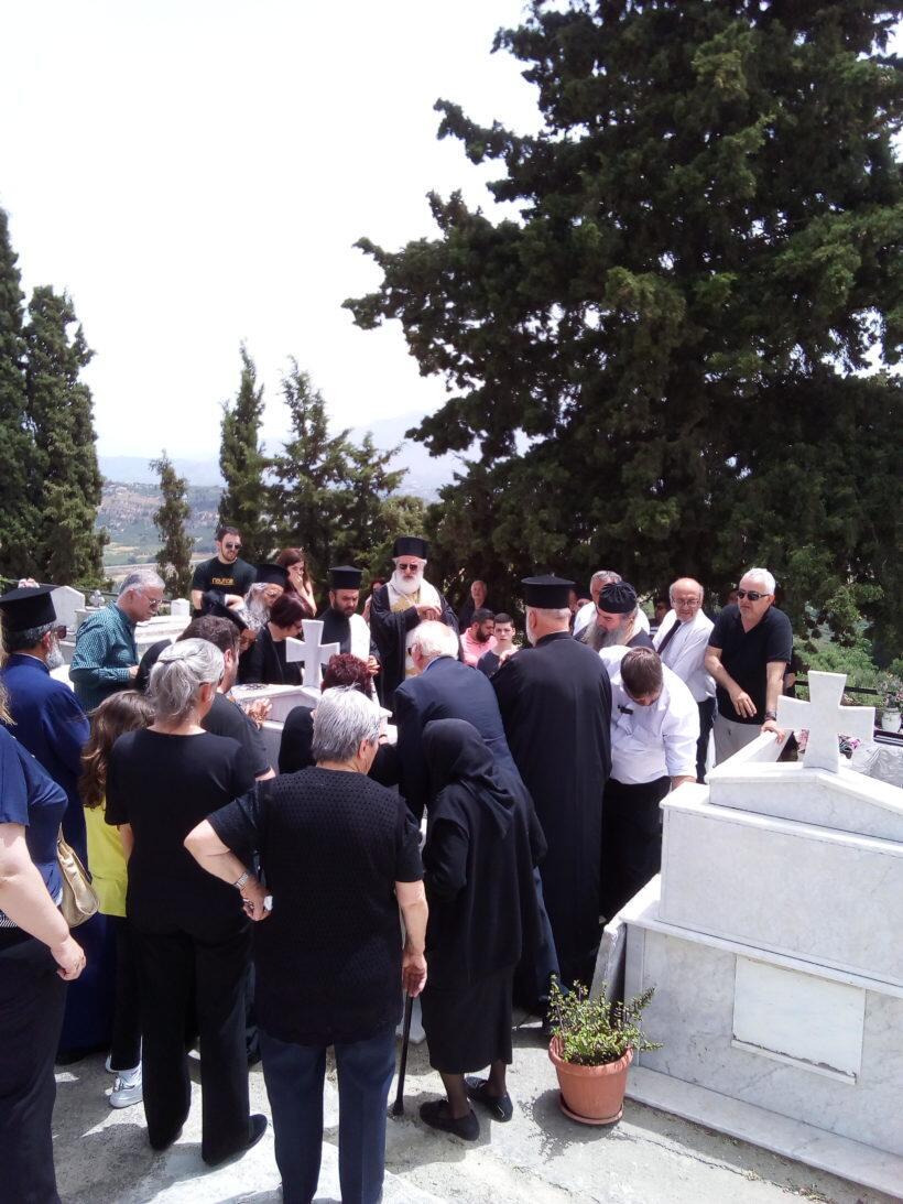 Εκοιμήθη ο π. Ιωάννης Μπορμπαντωνάκης - Συγκινητικός επικήδειος