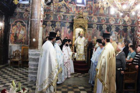 Με λαμπρότητα εόρτασε η πόλη του Παλαμά τον πολιούχο της Άγιο Αθανάσιο, πατριάρχη Αλεξανδρείας