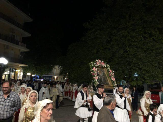 Δίστομο: Πλήθος πιστών στην Εορτή Ανακομιδής Ιερού Λειψάνου του Αγίου Νικολάου (ΦΩΤΟ)