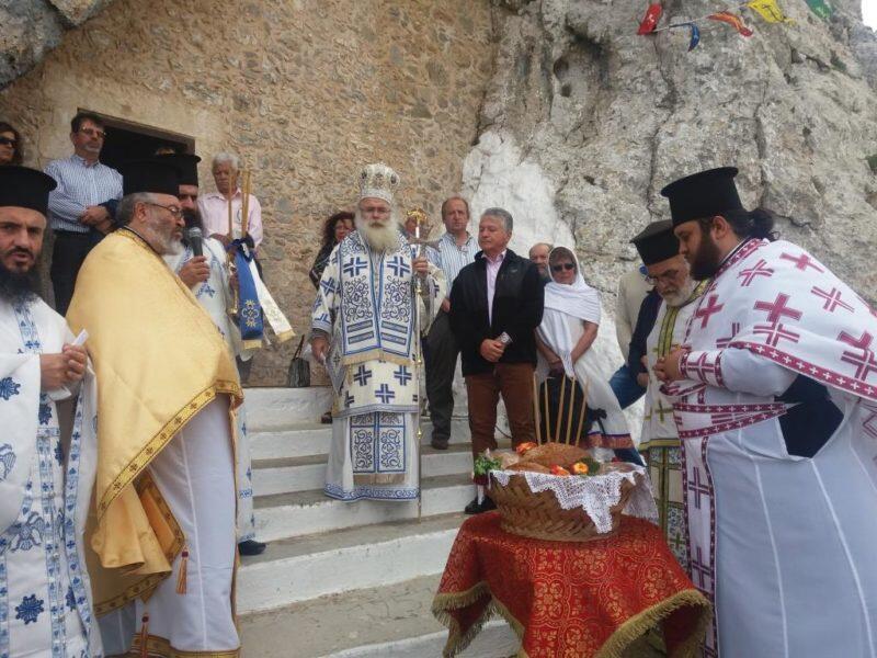 Η πανήγυρη του σπηλαιώδους ναού του Αγίου Πνεύματος στους Αρμένους Σητείας
