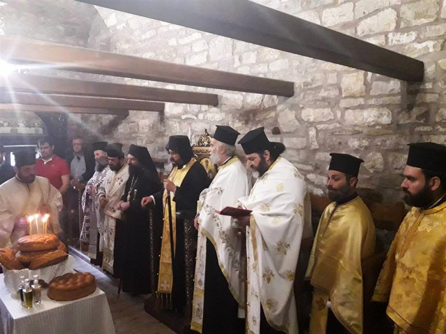 Ο Θεσσαλιώτιδος Τιμόθεος στην ιστορική Ιερά Μονή Παναγίας Πελεκητής