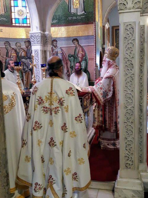 Βόλος: Με λαπροτητα τιμήθηκε η μνήμη των Αγίων Κωνσταντίνου και Ελένης