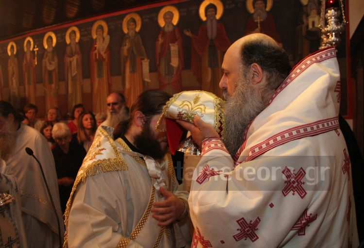 Αγίου Πνεύματος: Ο Μετεώρων Θεόκλητος στην Ι. Μ. Αγίας Τριάδας