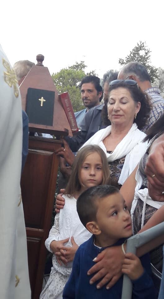 Αγίου Πνεύματος: Υπέροχες εικόνες στον Εσπερινό στην Αγία Τριάδα στη Χαλή Καλύμνου